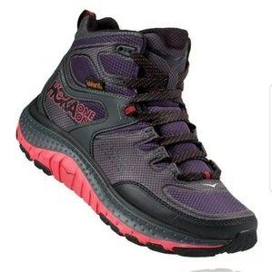 HOKA ONE ONE hiking shoes New in box